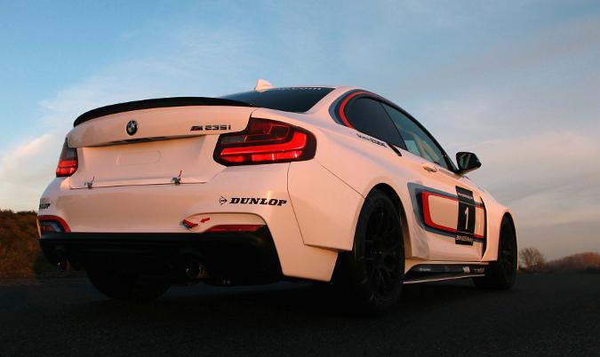 bmw_m235i_racing
