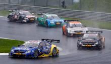 Skandalös: Audi-Motorsportchef Dr. Wolfgang Ullrich und Fahrer Timo Scheider © DTM